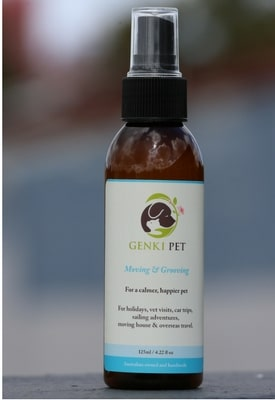 Bottle of Pet Product Moving&Grooving